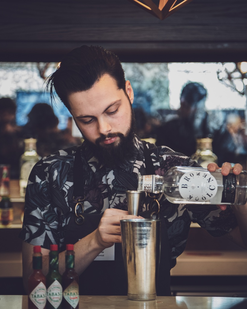 IMG_3372_20-12-25_Broken_Clock_Lingering_Vodka_Bloody_Mary_Isaac.jpg